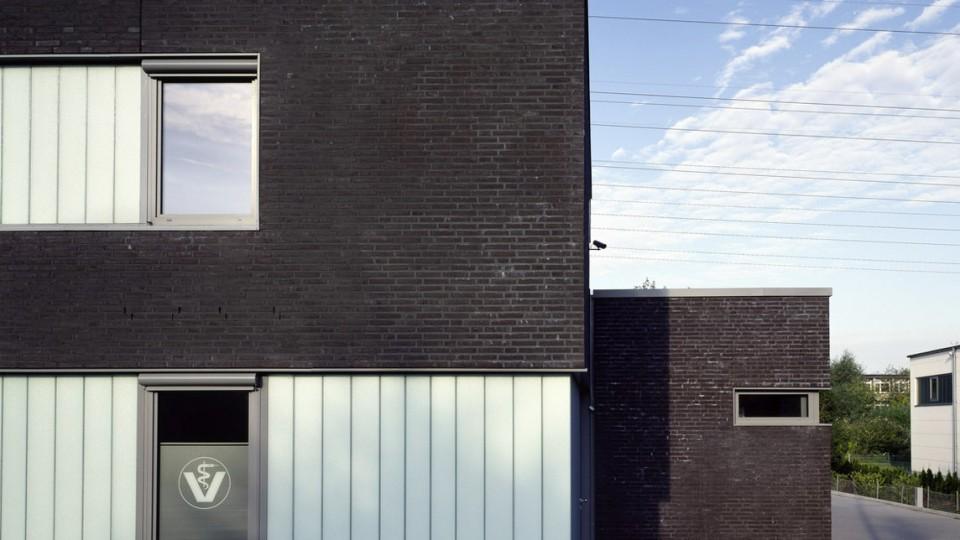 tierklinik hamburg dfz architekten. Black Bedroom Furniture Sets. Home Design Ideas