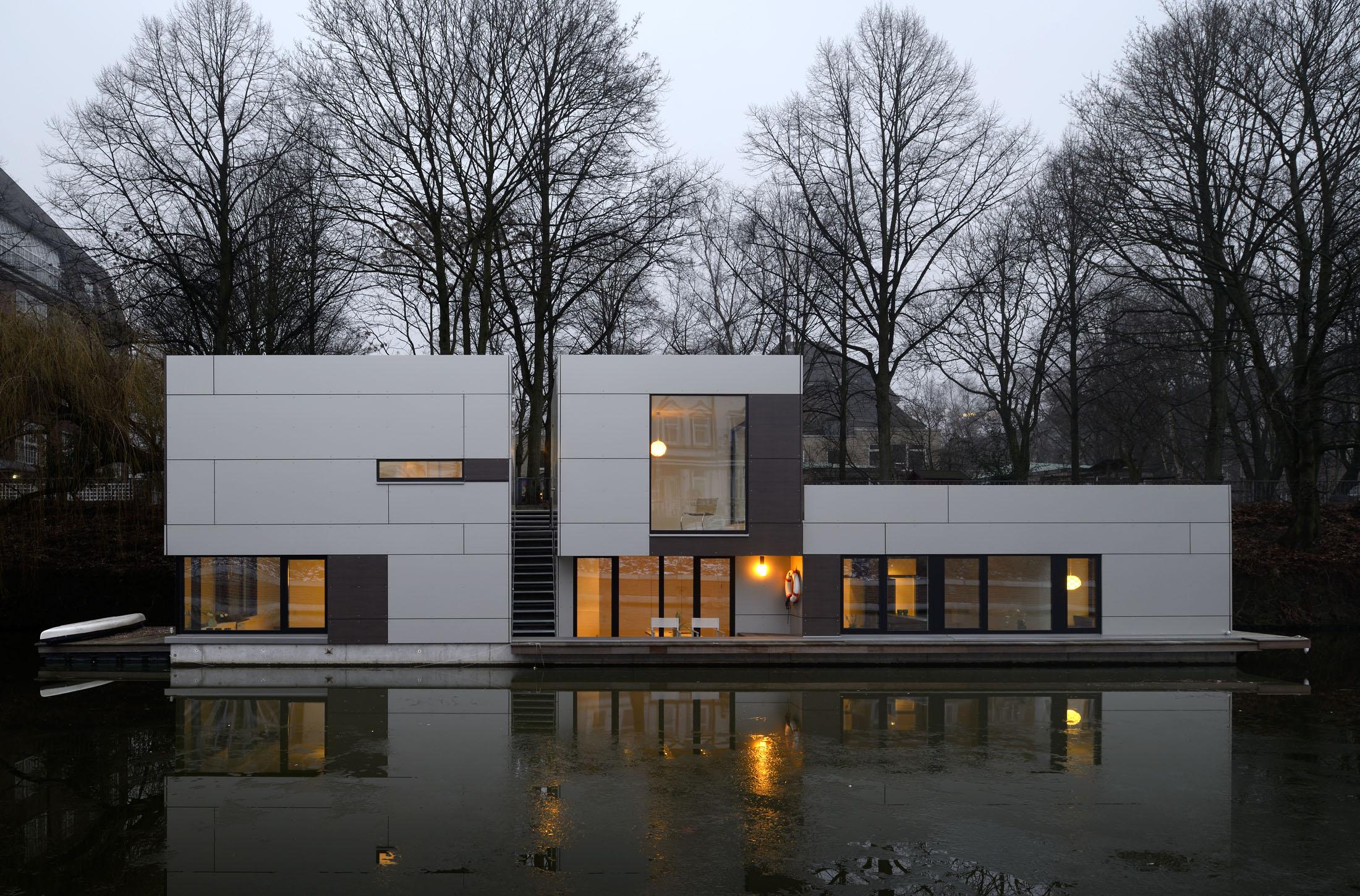 Hausboot Am Eilbekkanal Hamburg Dfz Architekten